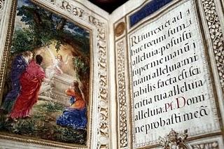 Misal de 1635, incluido en la exposición. Efe.